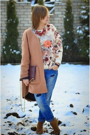 navy Stradivarius jeans - light pink H&M sweater - crimson Zara bag
