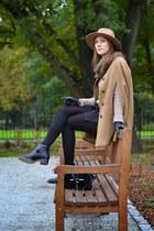 brown Zara hat - black asos boots - black Zara bag - black Zara shorts