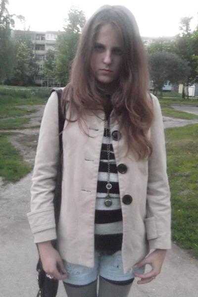 eggshell velvet Zara coat - black stripes sweater - black lindex bag