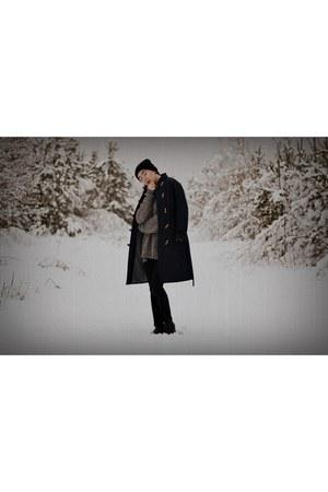 black leather Deichmann boots - navy navy second hand coat - black wool NN hat