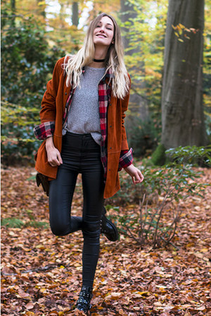 vintage jacket - asos boots - brandy melville sweater - vintage bag