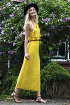 sammydress dress - H&M hat - Mango sandals