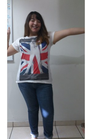 navy DKNY jeans - Pull & Bear t-shirt - navy random brand flats