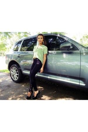 black casual chic Stella McCartney pants - lime green chic vintage J Brand shirt