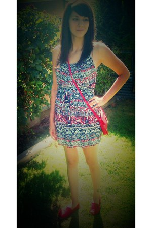Forever 21 dress - TOMS shoes - Forever 21 purse