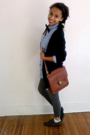 brown vintage Coach bag - blue brothers shirt - gray Forever 21 leggings - gray