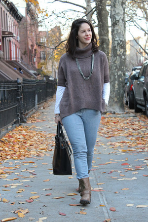 heather oatmeal Old Navy sweater - studded taupe delias boots