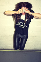 black wetlook American Apparel leggings - black 5Preview t-shirt