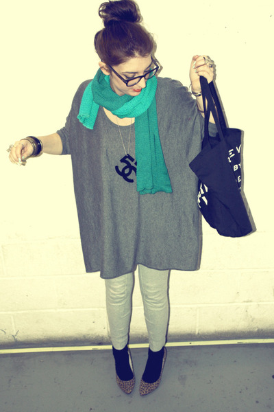 gray H&amp;M sweater - silver H&amp;M leggings - orange Primark shoes