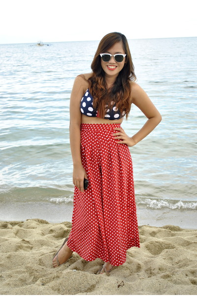 white clubmaster  White Clubmaster Ray Ban Sunglasses, Red Palazzo Pants Pants ...