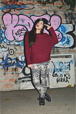 black Bazaar hat - crimson Bazaar sweater - white Bazaar leggings