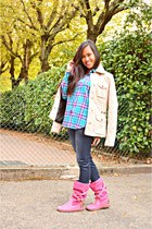 hot pink boots - eggshell Zara coat - navy Bazaar leggings