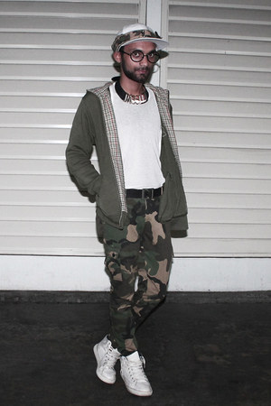 army green army fahadscale pants - white cotton DIY hat