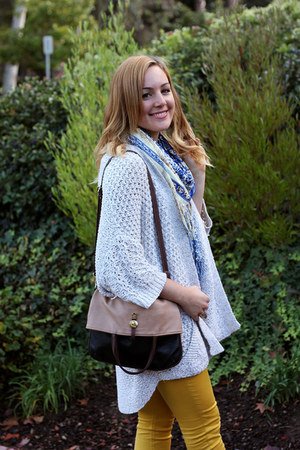 Zara jeans - Dolce Vita boots - Zara sweater