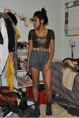 bardot - gray thrifted mens shorts - gray Target boots - gold belt - gray Valley