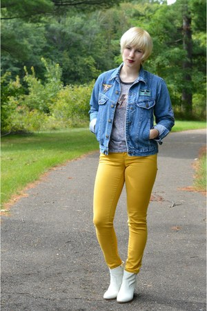 white Target boots - gold jeans - blue denim vintage jacket