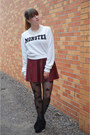 White-forever-21-sweatshirt-black-boots-black-star-tights