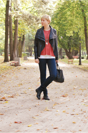 black H&M boots - navy Lee jeans - black Mizensa bag - brick red H&M jumper