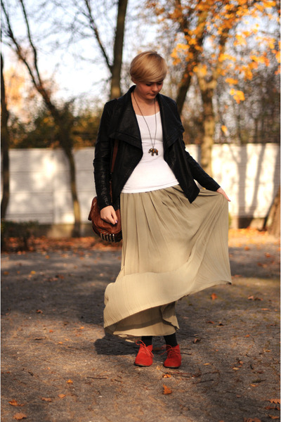 red sholove shoes - olive green SH skirt
