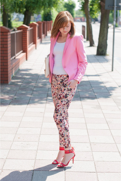 bubble gum Zara blazer - red Zara pants - red Zara sandals
