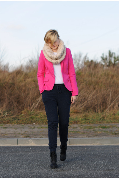 hot pink allegro jacket - peach Atmosphere scarf - navy H&M pants