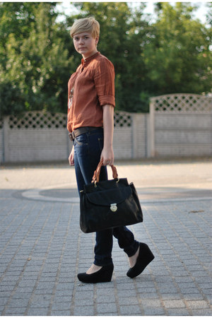 black H&M wedges - navy Lee jeans - bronze Zara shirt