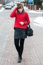 Blue-h-m-shirt-black-zara-skirt-red-pull-bear-jumper