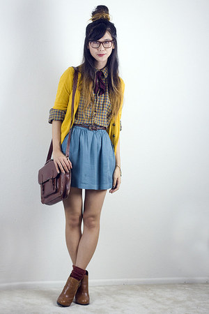 yellow Urban Outfitters cardigan - tawny sam edelman boots