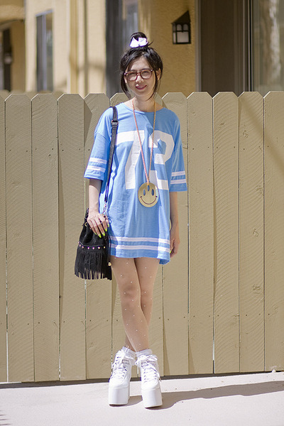 sky blue Topshop top - white YRU shoes - black Akira Chicago bag