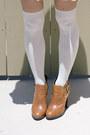 Maroon-unknown-hat-burnt-orange-sam-edelman-boots