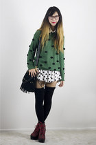 forest green LK Collections sweater - white Love Audrey 311 shorts