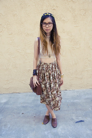 brown Goodwill skirt - dark brown American Apparel shoes