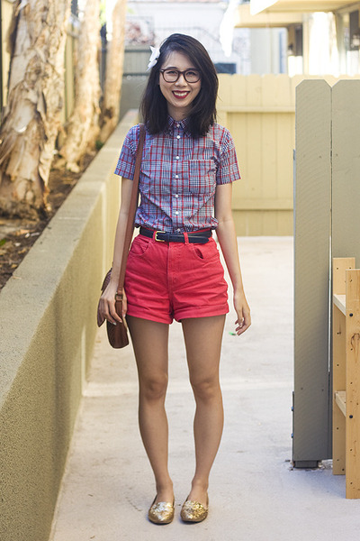 navy American Apparel shirt - ruby red American Apparel shorts