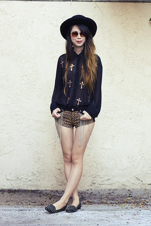 black Nasty Gal hat - dark brown Iron Fist Clothing shorts