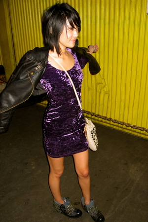 purple Topshop dress - beige f21 purse - black Jeffrey Campbell boots - black Si