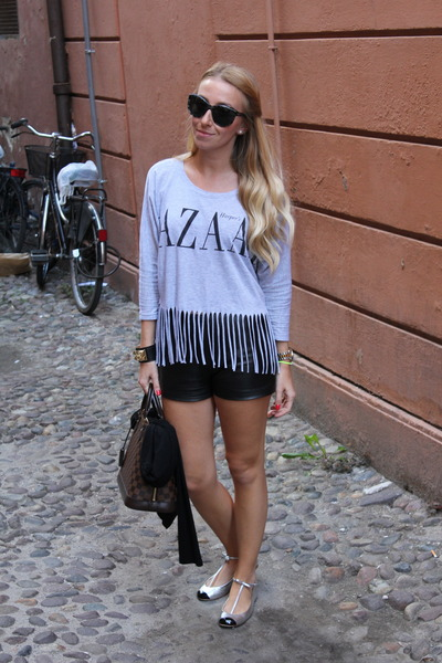 Forever 21 top - Louis Vuitton bag - danier shorts - D&G sunglasses