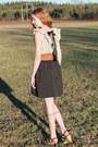 Tawny-leather-belt-cream-dress-black-dress-bronze-cork-heels