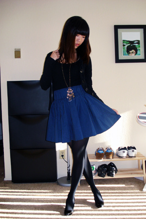 H&M skirt - H&M sweater - necklace
