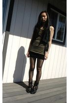 black Urban Outfitters vest - green RVCA top - black Forever 21 skirt - gray my
