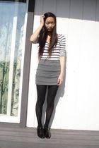 white American Eagle shirt - gray Crush skirt - black stockings - black Forever