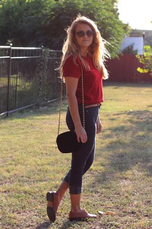 navy skinny Savage Art jeans - ruby red crop derek heart top