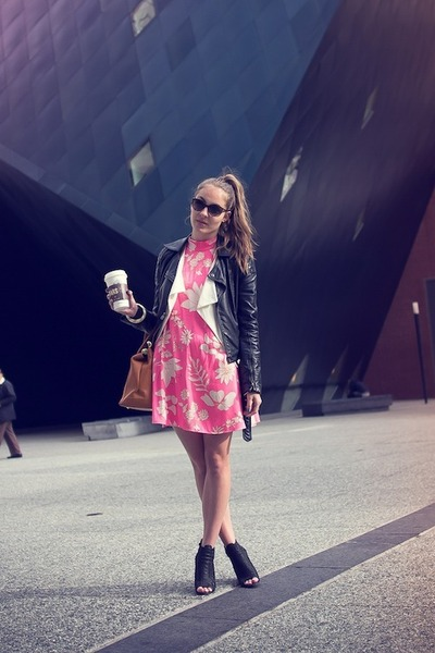 old H&M blazer - vintage dress - Topshop jacket - Zara wedges
