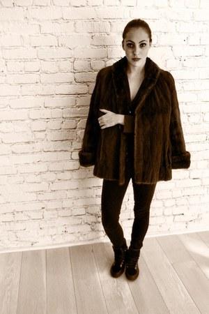 black 7 for all mankind jeans - dark brown vintage- mink coat