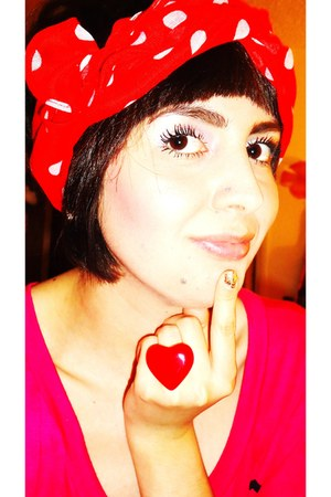 red polka dot hm scarf - heart shaped hm ring