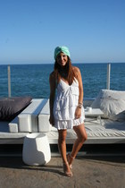 turban suiteblanco scarf - Zara dress - Lefties heels