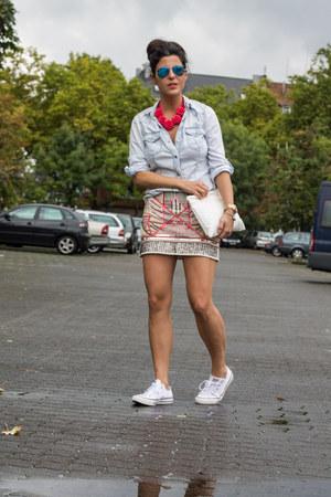 Zara necklace - Zara skirt - Converse sneakers