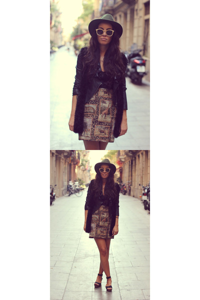 animal skirt Kameakai skirt - wooden shades VuerichB sunglasses