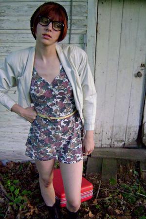 forever 21 hat - FashionMonger Vintage jacket - vintage belt - Fry boots