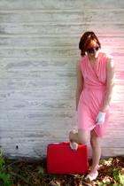FashionMongerVintage dress - Cates sunglasses - vintage gloves - trotters shoes