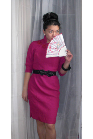 hot pink Vintage Qi Pao dress - black bow H&M belt